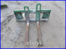 38 Pallet Forks Fits John Deere 400 Series Loaders Stock # 115322
