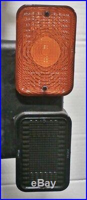 John Deere taillight set LVA18272 LVA18273 Fits 1023E 1025R 1026R 2025R 2032R 30